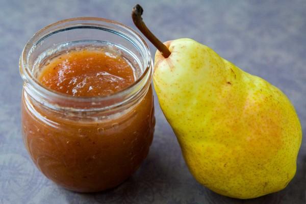 Φτιάξτε την πιο νόστιμη και εύκολη μαρμελάδα αχλάδι: Προσθέστε λίγο τζίντερ για ακόμα πιο ιδιαίτερη γεύση!