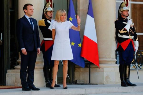 Βρετανική Vogue: Αφιέρωμα στην Πρώτη Κυρία του Παρισιού - Το στυλ της Μπριζίτ Μακρόν!