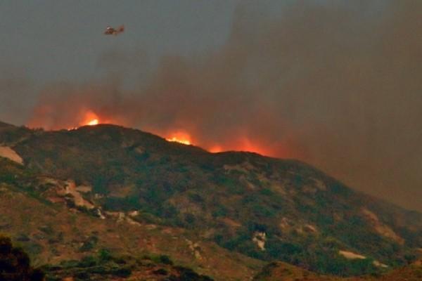 Ζάκυνθος και Ηλεία έχουν παραδοθεί στις φλόγες! - Η φωτιά καίει ανεξέλεγκτη (Photo & Video)