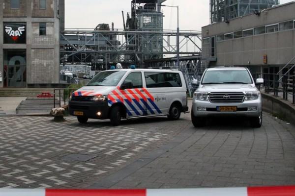Ολλανδία: Βρέθηκε βαν γεμάτο φιάλες σε χώρο συναυλίας - Τελευταία στιγμή απετράπη μακελειό!