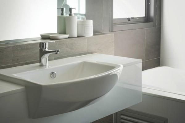 Ένα έξυπνο κόλπο για να μη βουλώνουν οι σωληνώσεις σε μπάνιο και κουζίνα! - Θα σας λύσει τα χέρια!