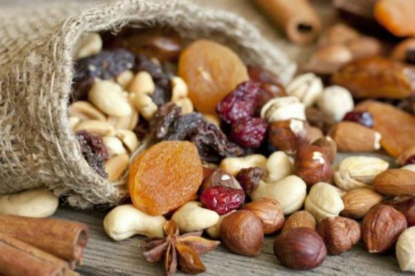 Καταναλώνεις συχνά ξηρούς καρπούς; Δες τι μπορείς να πάθεις!