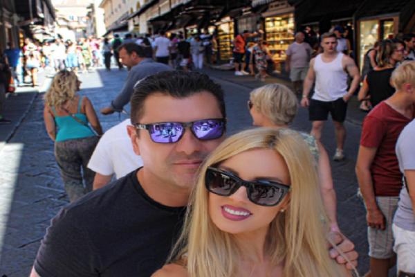 Τζούλια Νόβα - Γιώργος Μάρκου: Το εντυπωσιακό ταξίδι του ζευγαριού στη Βαρκελώνη! - Δείτε στιγμιότυπα!