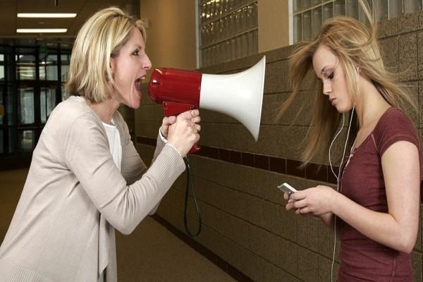 Τι να κάνεις αν το παιδί σου αντιμιλάει; - Εύκολες συμβουλές για να το αντιμετωπίσεις!
