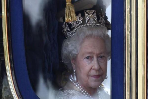 Γιατί η Βασίλισσα Ελισάβετ δεν έχει πατήσει και ούτε πρόκειται το πόδι της στην Ελλάδα;