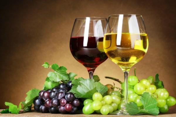 Κόκκινο vs λευκό κρασί - Με ποιο μεθάτε πιο γρήγορα;