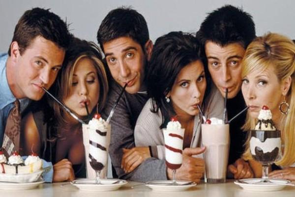 Σαν σήμερα - 22 Σεπτεμβρίου 1994: Προβάλλεται το πρώτο επεισόδιο της σειράς «Τα Φιλαράκια»! (photos+video)