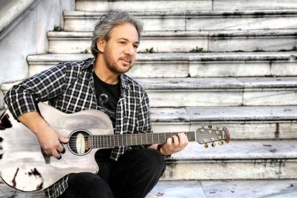 Δεν θα ξεχάσουμε ποτέ τον Αντώνη Βαρδή: Αυτά είναι τα 10 τραγούδια του που κάνουν θραύση στο Youtube!