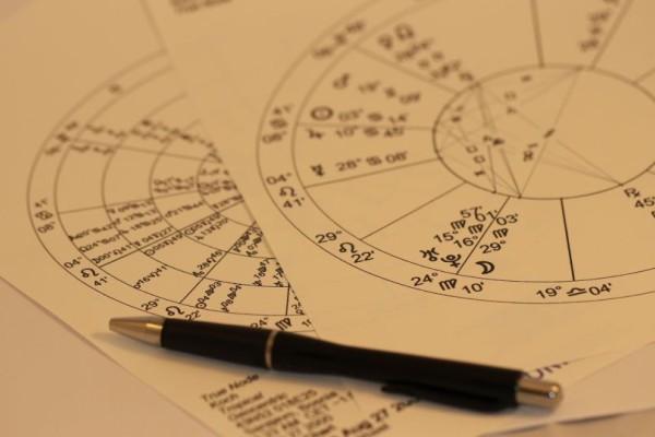 Ζώδια: Τρίγωνο Αφροδίτης με Κρόνο στις 13/09! Αυτά τα έξι θα επηρεαστούν αρνητικά!