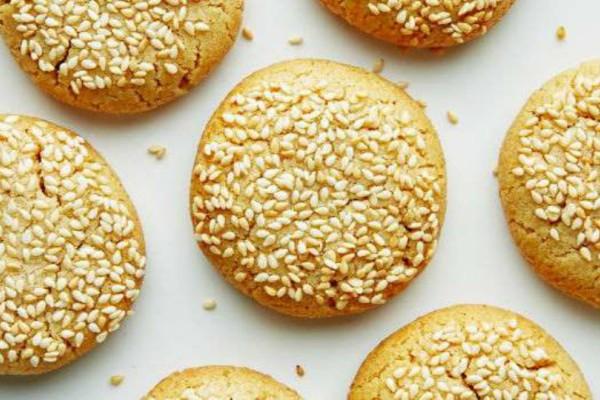Μπισκότα με ταχίνι - Η καλύτερη επιλογή για σνακ στο σχολείο!