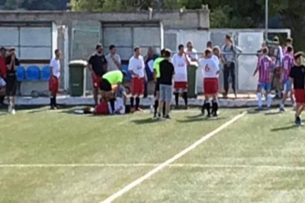 Θρήνος στην Κορινθία: Αυτός είναι ο 32χρονος ποδοσφαιριστής που πέθανε από ανακοπή μέσα στο γήπεδο! (photos)