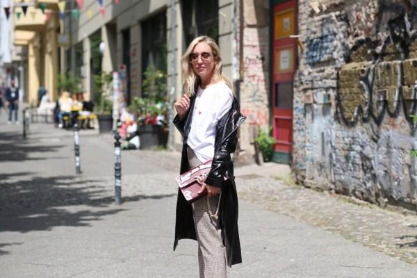 Αυτή η τσάντα έχει ξετρελάνει της απανταχού fashionistas: Πλέον γίνεται statement και στην χώρα μας!