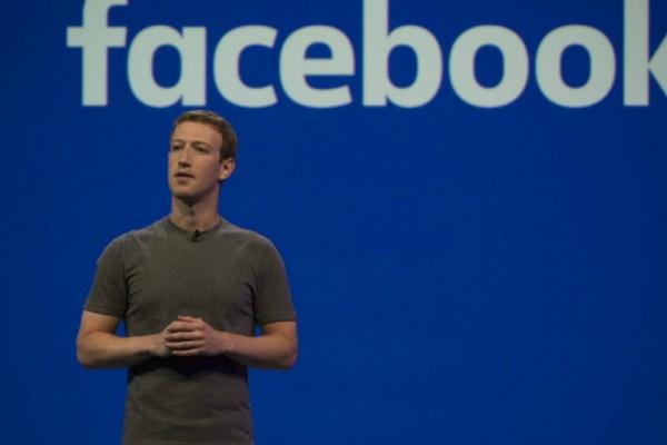 Ο Μαρκ Ζούκερμπεργκ έκανε σπαμ στο Facebook για ένα...σάντουιτς! (Photos)