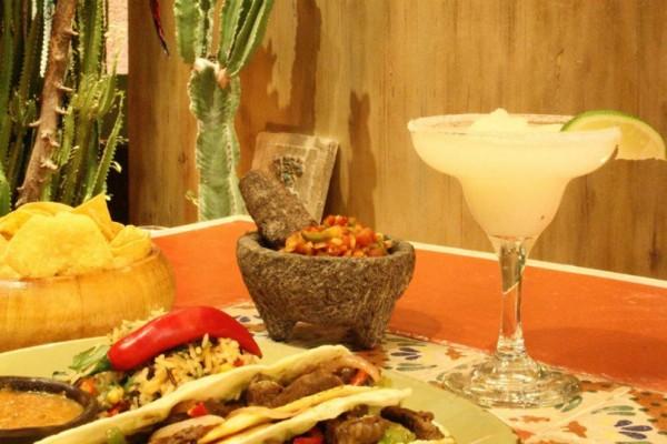 Dos Hermanos: Το μαγαζί που μετατρέπει με το φαγητό του την Κηφισιά σε... Μεξικό!