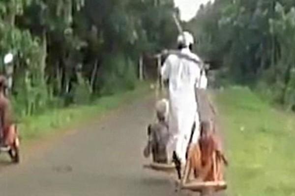 Μέχρι πού θα φθάνατε για να αποδείξετε την αθωότητά σας; Δείτε τι έκανε ένας άνδρας στην Ινδία σε ένα απίστευτο video!