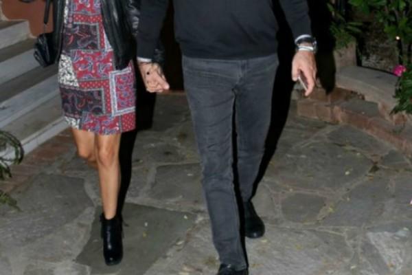 Αγαπημένο ζευγάρι της ελληνικής showbiz περιμένει το πρώτο του παιδάκι! Η πρώτη φωτογραφία με φουσκωμένη κοιλίτσα!