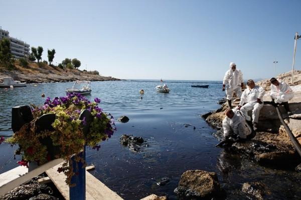 Χωρίς τέλος η οικολογική καταστροφή στον Σαρωνικό! - Απελπιστική η κατάσταση στις ακτές της Αττικής (Photo)