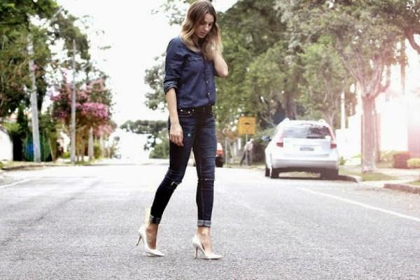 Από τα πέδιλα στα κλειστά παπούτσια: Πως να αποφύγεις τον τραυματισμό των ποδιών σου!