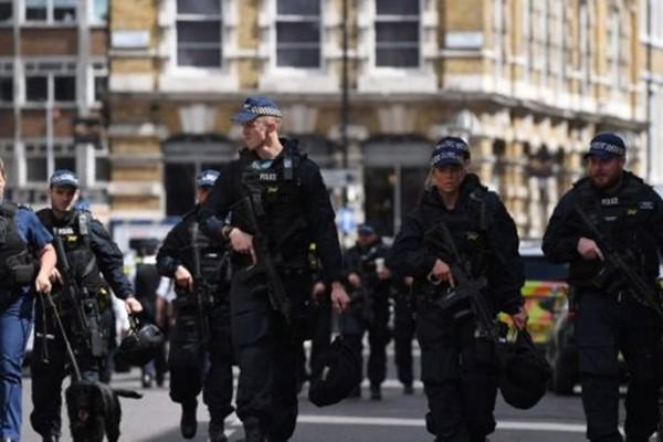 Λονδίνο: Δυο άντρες σοβαρά τραυματισμένοι από πυροβολισμούς!