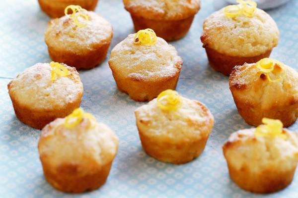 Νόστιμα και αφράτα muffins λεμονιού: Ό,τι καλύτερο για το brunch σας!