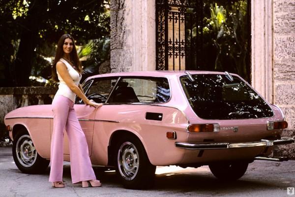 Αυτή είναι η πρώτη γυναίκα που φωτογραφήθηκε γυμνή στο Playboy: Δείτε τις φωτογραφίες της!