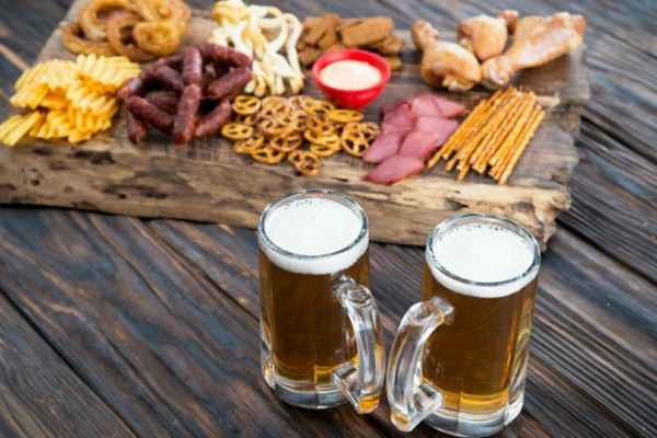 Δυο λαχταριστοί μεζέδες για να συνοδεύσετε την μπύρα σας!