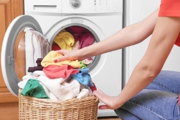 Πώς θα έχετε πεντακάθαρα ρούχα; - 5 μυστικά για το πλυντήριο που θα σου λύσουν τα χέρια!