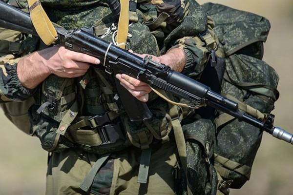 Συναγερμός στη Ρωσία: Στρατιώτης σκότωσε 3 ανθρώπους και διέφυγε με ένα πολυβόλο!