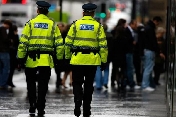 Συναγερμός στη Βρετανία: Ύποπτο πακέτο στο δημαρχείο του Μπόλτον