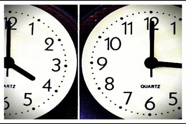 Βόμβα: Καταργείται η αλλαγή ώρας! Αλλάζουμε ή όχι τους δείκτες του ρολογιού απόψε;