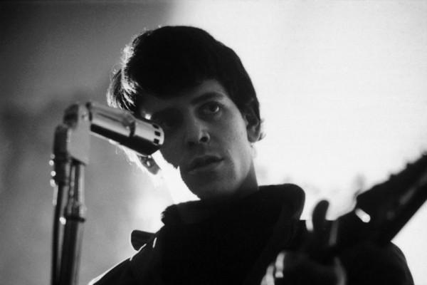 Σαν σήμερα 27 Οκτωβρίου του 2013 έφυγε από την ζωή ο αξέχαστος τραγουδιστής και μουσικός Lou Reed
