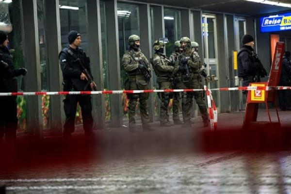 Τρόμος στο Μόναχο - Συνελήφθη ένας ύποπτος για την επίθεση με μαχαίρι