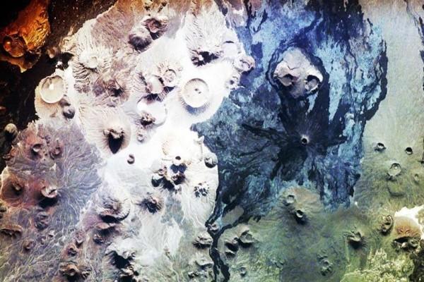 Οι μυστηριώδεις «πύλες της κόλασης» που προβληματίζουν τους αρχαιολόγους! - Δείτε που βρίσκονται (Photo)