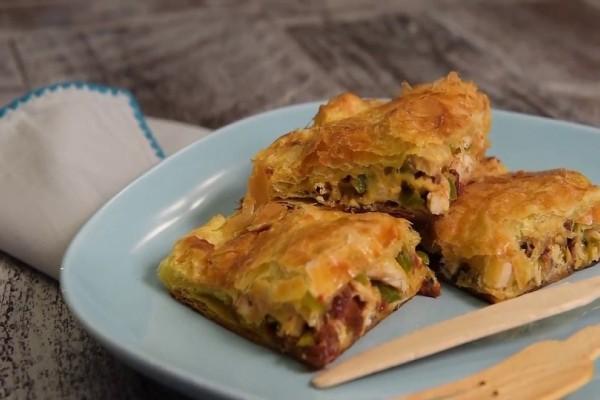 Μια νόστιμη και εύκολη συνταγή: Κοτοπιτάκια με φύλλο γιαουρτιού και κρέμα!