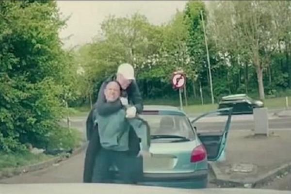 Απίστευτο βίντεο: Δείτε τι έπαθε ένας άνδρας όταν τα έβαλε με έναν αθλητή του ΜΜΑ!