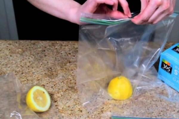 Μήπως κλείνετε με λάθος τρόπο τις σακούλες τροφίμων; - Ένα εύκολο κόλπο που θα σας λύσει τα χέρια! (Video)