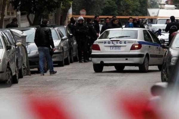 Οικογενειακή τραγωδία σοκάρει την Αθήνα: Σκότωσε με μαχαίρι τον γιο του!
