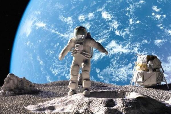 Μόνο; Δεν φαντάζεστε πόσα χρήματα παίρνει ένας αστροναύτης της NASA! Ψίχουλα...