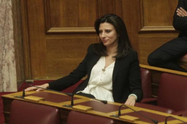 Καταψηφίζει την τροπολογία για την τουρκική ένωση η Νίνα Κασιμάτη του ΣΥΡΙΖΑ