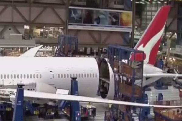 Εντυπωσιακό βίντεο: Δείτε πώς κατασκευάζεται κομμάτι κομμάτι αεροπλάνο της Qantas Β787-9!