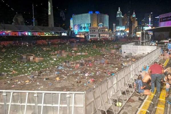 Εικόνα - σοκ από το Λας Βέγκας: Δεκάδες πτώματα στο χώρο της συναυλίας! (photos+video)
