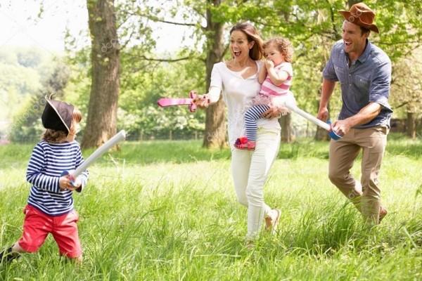 Γονείς δώστε βάση: 5 λόγοι για να πηγαίνετε στην παιδική χαρά τα παιδιά σας!