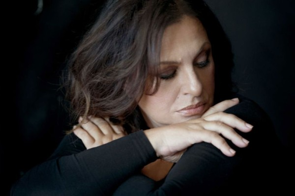 Βαρύ πένθος για την Χαρούλα Αλεξίου! Συντετριμμένη η τραγουδίστρια