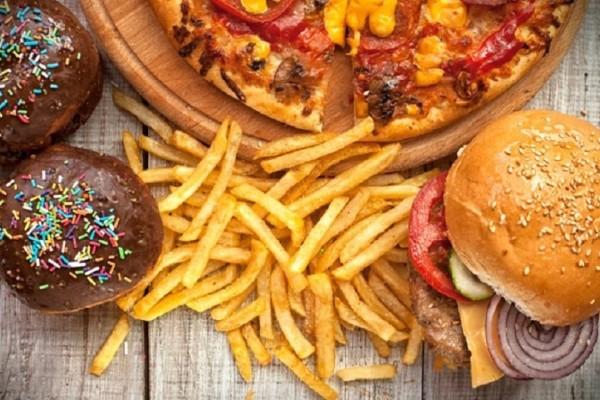 Κι όμως η πίτσα και τα ντόνατς σε βοηθούν να χάσεις κιλά! - Τι αναφέρουν οι ειδικοί