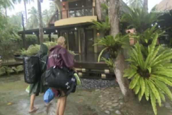 Nomads: Θα πάθετε πλάκα με τη βίλα μέσα στη ζούγκλα που θα μένουν οι παίκτες της φωτιάς-διάσημοι: (video)