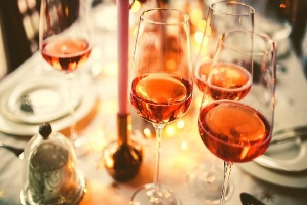 Ποιο λευκό, ποιο κόκκινο και ποιο ροζέ; - Η νέα τάση είναι το είναι το πορτοκαλί κρασί! (Photo)