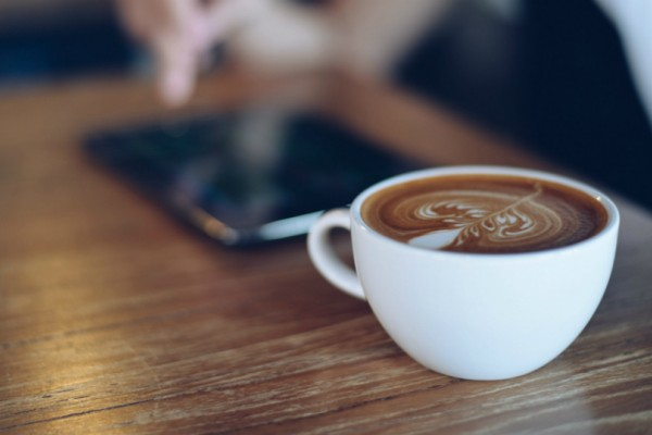Εσύ το ήξερες; Γιατί δεν πρέπει να πίνεις καφέ με άδειο στομάχι!