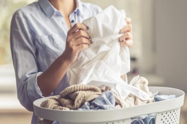 Πόσο συχνά πρέπει να βάζεις τα ρούχα σου για πλύσιμο; - Εσύ το γνώριζες;
