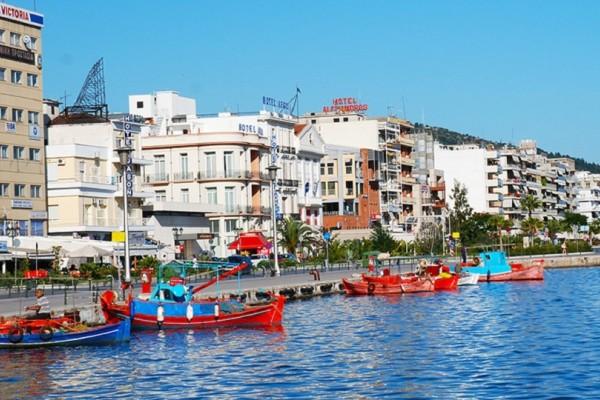 Βόλος: Εξερευνήστε τα τσιπουράδικα της πόλης με την παρεΐστικη ατμόσφαιρα!
