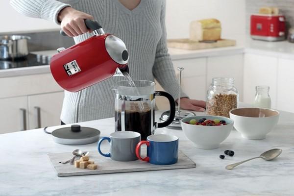 Εύκολα tips για να καθαρίσεις την καφετιέρα από τα άλατα! - Θα σου λύσουν τα χέρια!